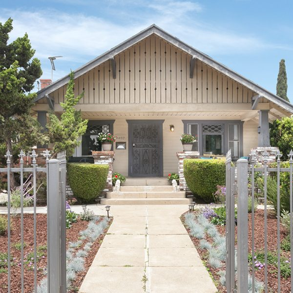 Under Contract: 4437 Clayton Ave. | Los Feliz 90027