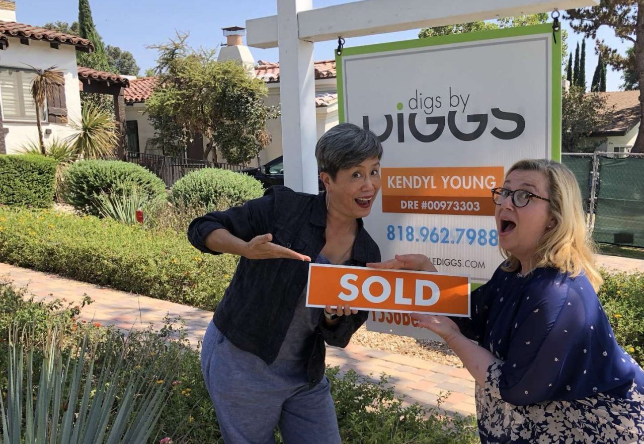 Happy Glendale Home Seller
